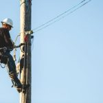 Climbing-for-lost-linemen (46)