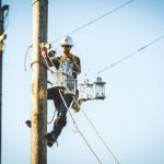 Climbing-for-lost-linemen (75)