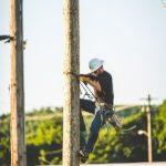 Climbing-for-lost-linemen (79)